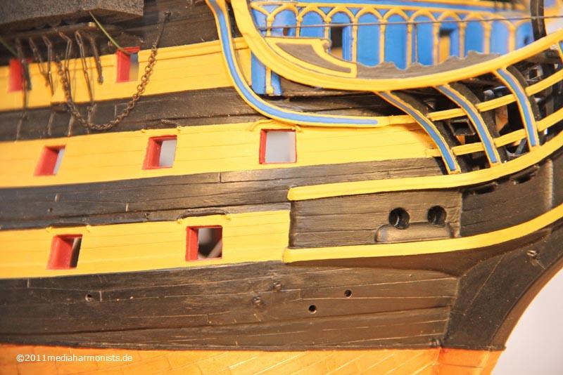 Le plastique c'est fantastique (HMS Victory) - Page 4 800_Victory_Scuppers_7478