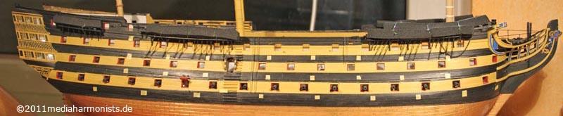 Le plastique c'est fantastique (HMS Victory) - Page 4 800_victory-scuppers_7454